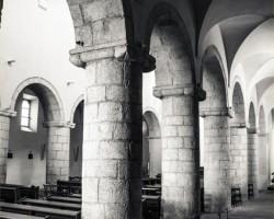 Uvnitř baziliky