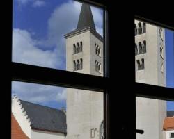 Pohled z latinské školy